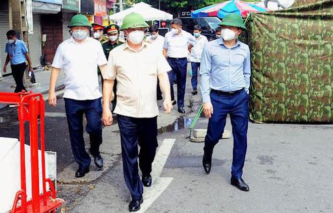 Bí thư Thành ủy Đinh Tiến Dũng: Hà Nội sẽ đẩy lùi dịch bệnh, sớm bắt đầu trạng thái bình thường mới
