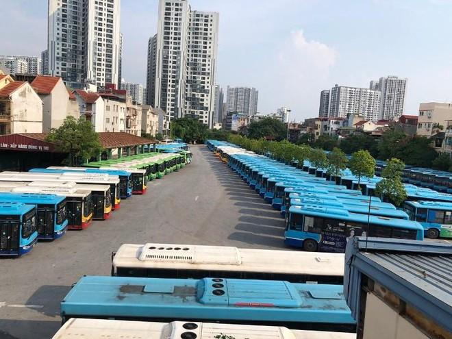 Đề xuất khách đi xe buýt phải có xét nghiệm Covid-19: Khách nào đi cuốc xe buýt 230.000 đồng? ảnh 1