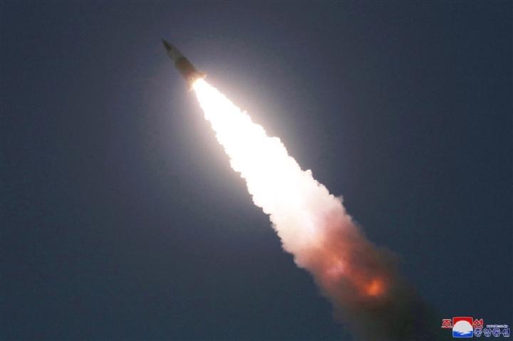 Triều Tiên phóng vũ khí không xác định