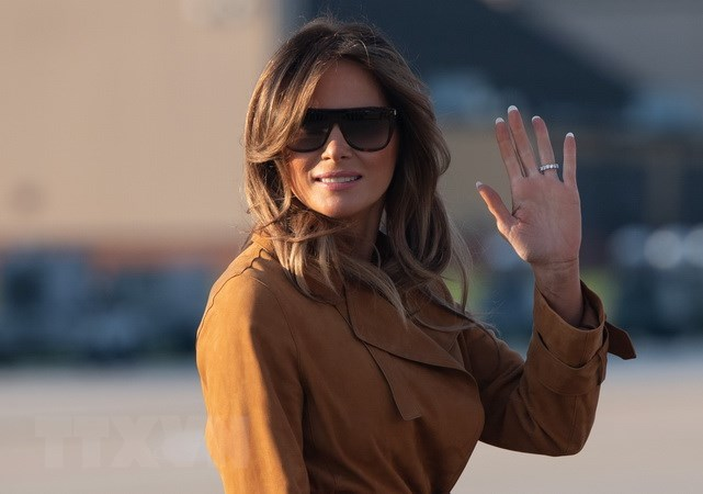 may bay cho de nhat phu nhan my melania trump gap su co