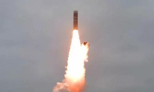 """Triều Tiên ví tên lửa phóng từ tàu ngầm như """"bom hẹn giờ"""""""