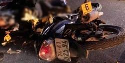 Hai xe máy đấu đầu ở tốc độ cao, 4 thiếu niên thiệt mạng