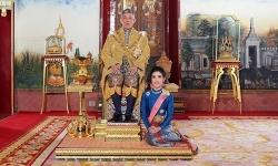 Sóng gió hậu cung hoàng gia Thái Lan