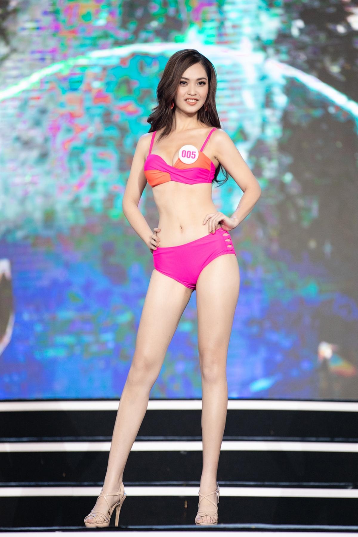 Dàn thí sinh Hoa hậu Việt Nam 2020 được đánh giá là hình thể đồng đều.