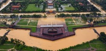 Toàn cảnh thành phố Huế ngập trong nước lũ nhìn từ trên cao