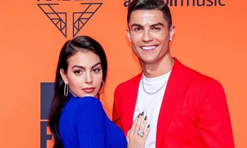 C. Ronaldo và bạn gái