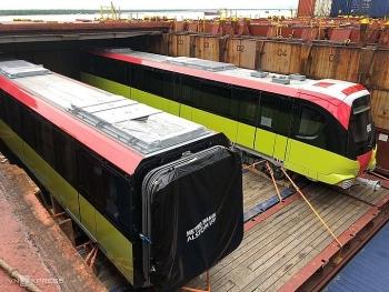 Đoàn tàu metro Nhổn - ga Hà Nội về cảng Hải Phòng