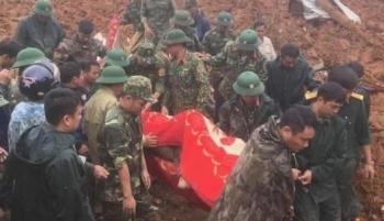 TRỰC TIẾP: Tìm thấy 15 thi thể cán bộ, chiến sĩ Đoàn 337 bị đất sạt lở vùi lấp