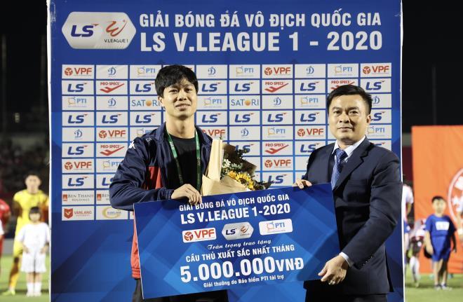 cong phuong ung ho het giai thuong o v league cho dong bao mien trung