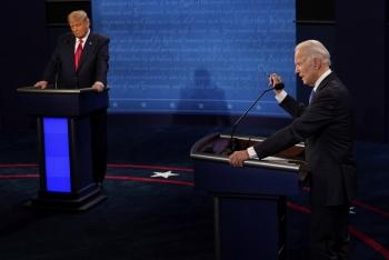 """Ứng viên Joe Biden nói """"không nhận một xu từ nước ngoài"""""""