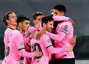 Messi giúp Barca thắng trên sân Juventus
