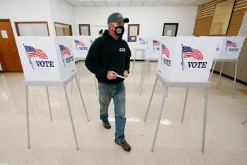 Kỷ lục chưa từng có: 80 triệu cử tri Mỹ bỏ phiếu sớm