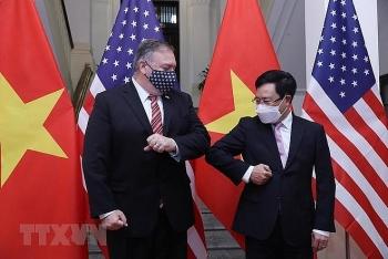 Phó Thủ tướng Phạm Bình Minh hội đàm với Ngoại trưởng Mỹ Pompeo