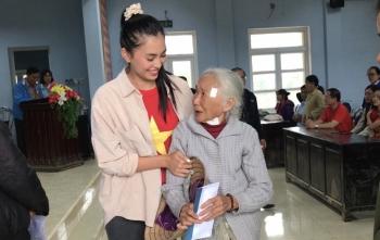 Hoa hậu Tiểu Vy, Lương Thùy Linh sẽ lên đường cứu trợ đồng bào 3 tỉnh miền Trung