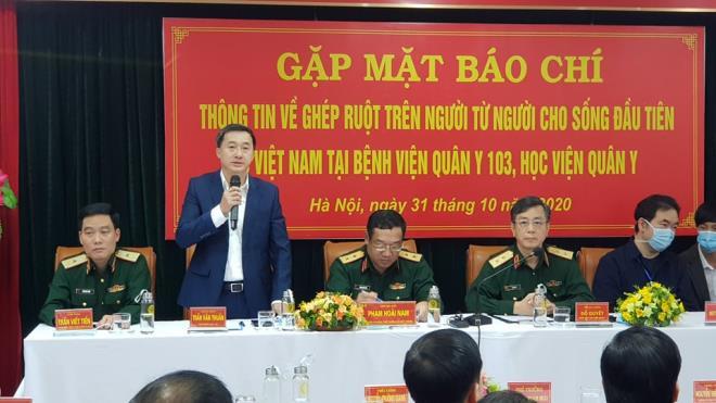 Lần đầu tiên tại Việt Nam ghép ruột từ người cho còn sống - 1