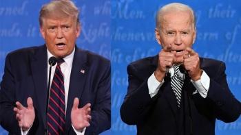 Trước thềm bầu cử, Tổng thống Trump thu hẹp khoảng cách với đối thủ Biden