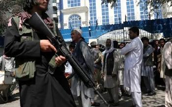 Taliban triển khai lực lượng đánh bom liều chết ở biên giới