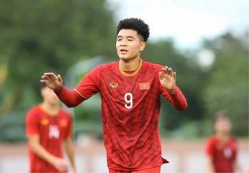 HLV Park Hang Seo đổi ý, loại Hà Đức Chinh trước trận gặp Trung Quốc