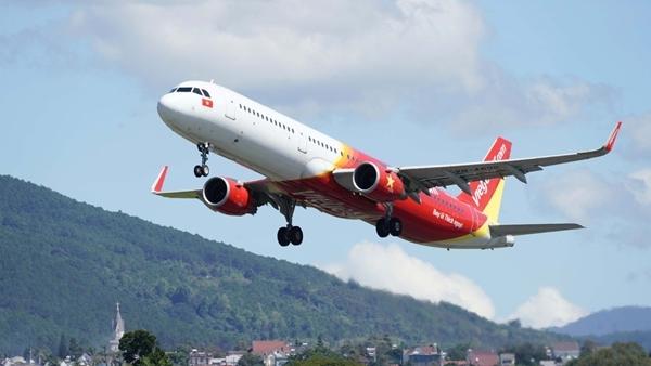 Vì sao Bộ Giao thông Vận tải không đơn phương mở lại các đường bay nội địa?
