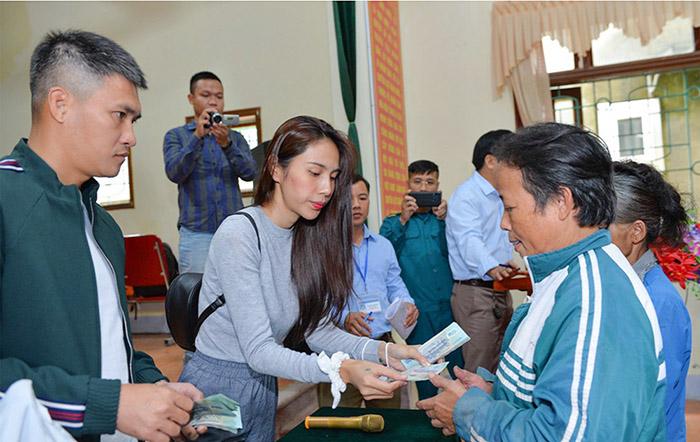 Nghệ An - Hà Tĩnh: Rà soát hoạt động từ thiện của ca sĩ Thủy Tiên