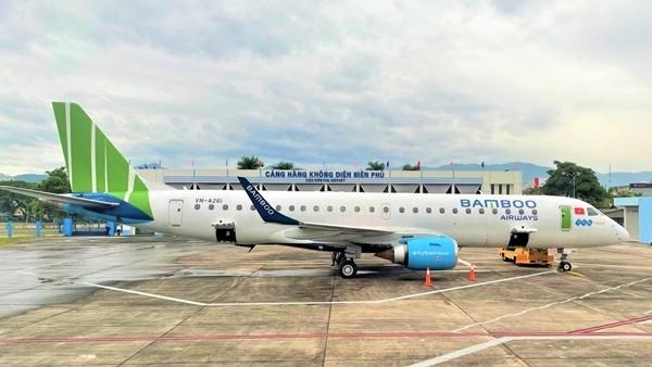 Nhiều chuyến bay không thể cất cánh, xe khách không thể chạy do…vắng khách.