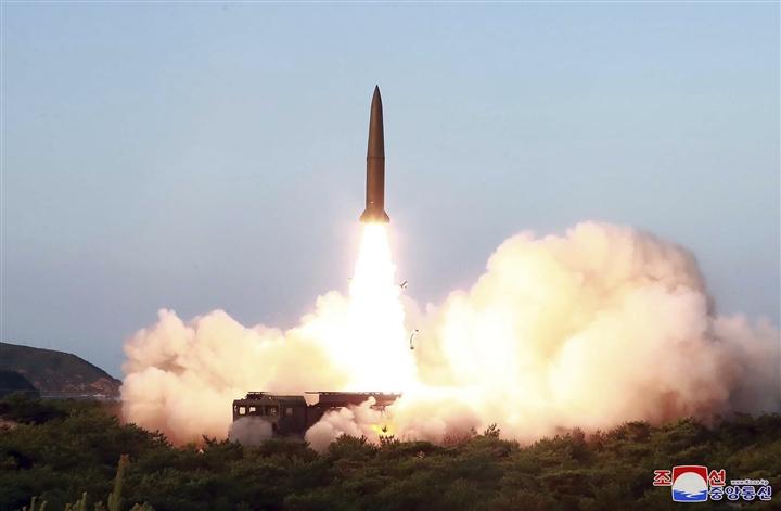 Triều Tiên tiếp tục phóng thử tên lửa đạn đạo, Bình Nhưỡng muốn lấy lại vị thế?