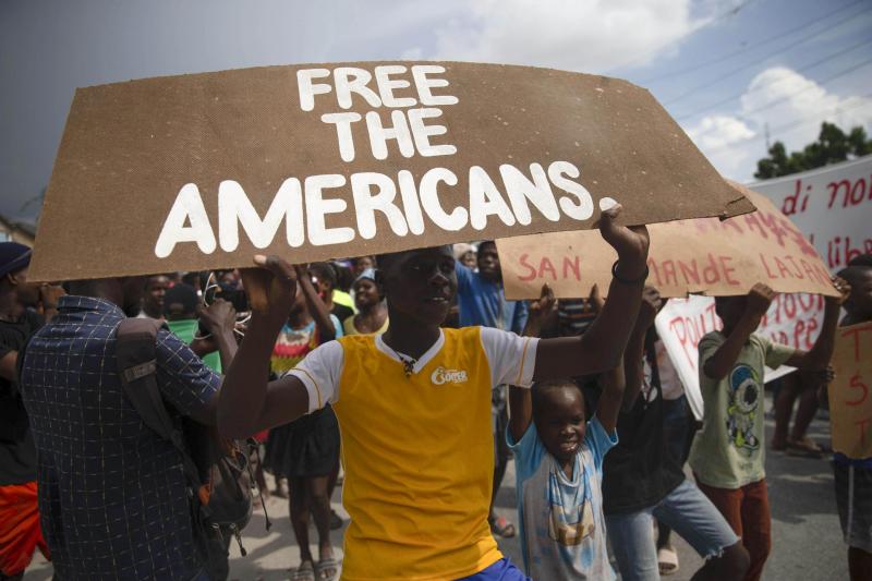Giang hồ Haiti đòi 17 triệu USD mới thả con tin người Mỹ
