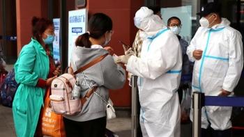 Trung Quốc đẩy mạnh tiêm mũi vaccine thứ 3