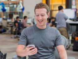 ceo facebook bi nghi dung tiktok