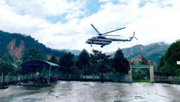 50 chiến sỹ vào Phước Lộc tìm người mất tích, trực thăng thả hàng cứu trợ