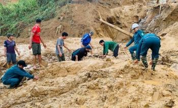Quảng Nam còn 19 người mất tích do sạt lở núi