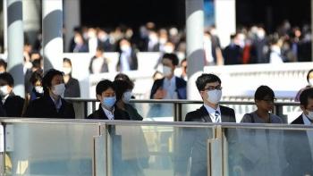 Ca mắc Covid-19 của Nhật Bản lần đầu vượt mốc 1.000 kể từ tháng 8