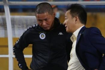 Chửi trọng tài, HLV Hà Nội FC bị cấm chỉ đạo trận quyết định chức vô địch
