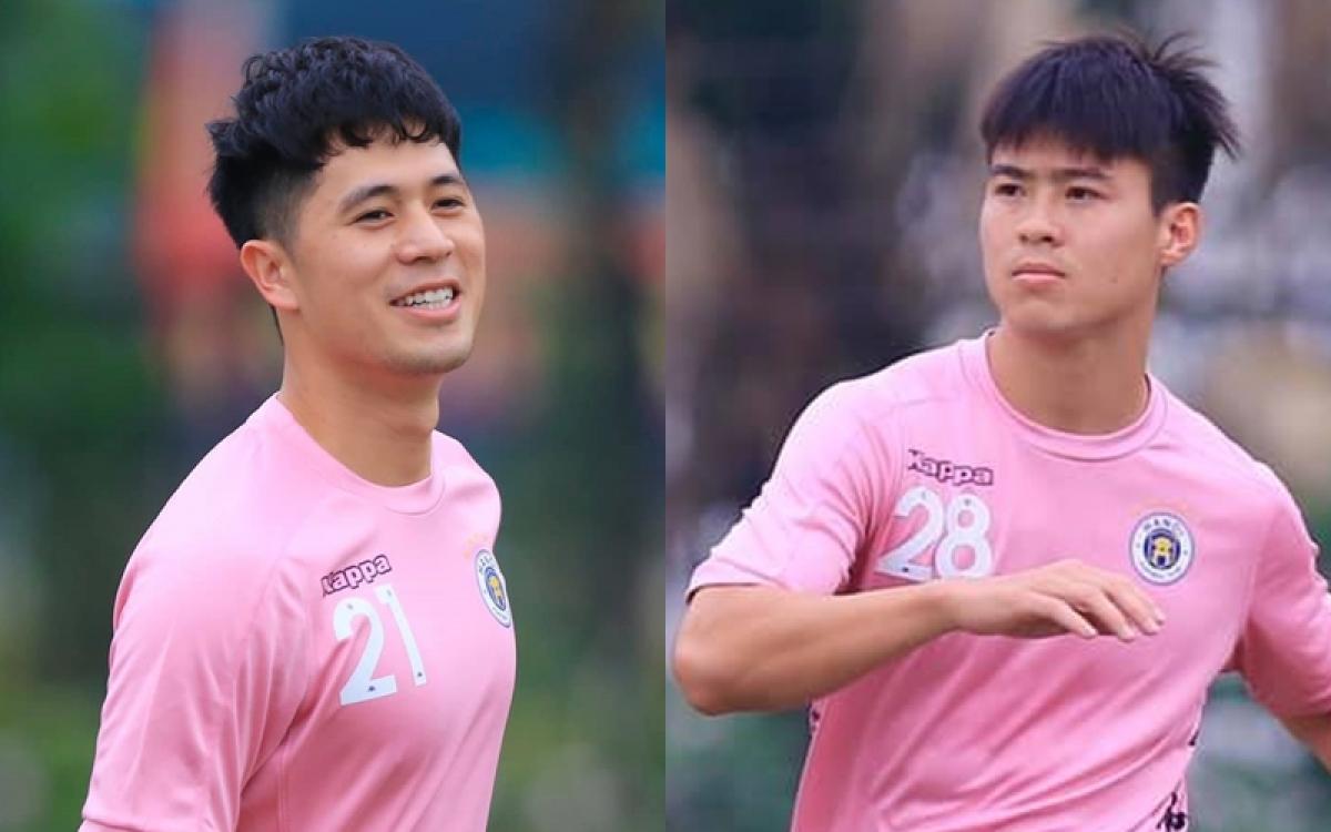 Đình Trọng và Duy Mạnh trở lại tập luyện cùng toàn đội Hà Nội FC. (Ảnh: Hà Nội FC)