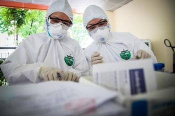 Thêm 2 ca COVID-19 được cách ly ngay khi nhập cảnh tại Việt Nam