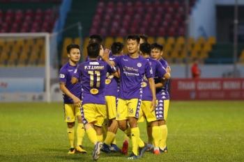 Đè bẹp Than Quảng Ninh, Hà Nội FC vẫn ngậm ngùi mất ngôi vô địch V-League