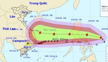 Bão số 12 vừa suy yếu thành áp thấp nhiệt đới, Biển Đông lại đón bão số 13