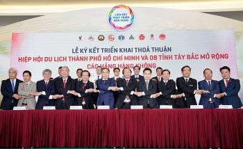 Vietjet liên kết phát triển du lịch TP.HCM với Tây Bắc, Đông Bắc và miền Trung