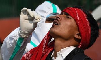 Ca nhiễm vượt 57 triệu, WHO kêu gọi G20 hỗ trợ tiền mua vaccine Covid-19