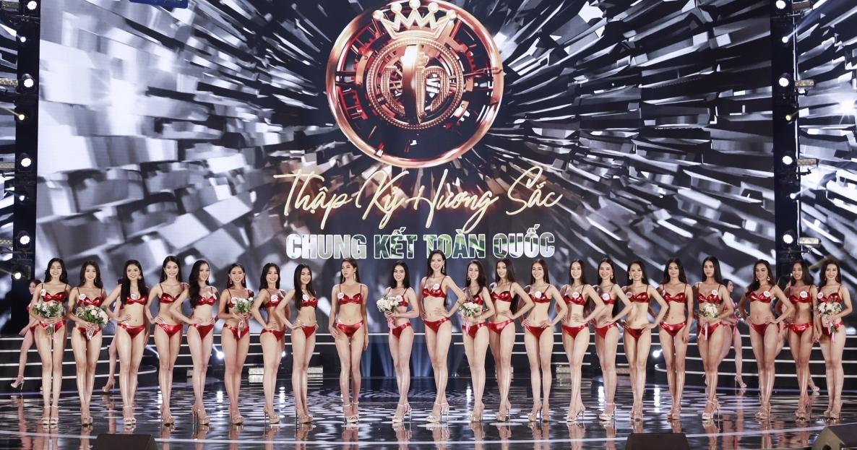 xem lai phan thi bikini nong bong cua top 22 hoa hau viet nam 2020
