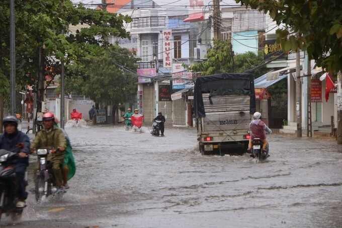 Ninh Thuận, Khánh Hòa cho học sinh nghỉ tránh mưa lũ