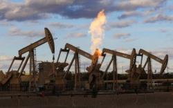 Khủng hoảng giá dầu dưới 40 USD/thùng đã cận kề