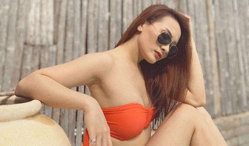 voc dang nong bong van nguoi me voi bikini cua bao thanh