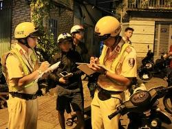 canh sat chong dua xe sau tran chung ket viet nam indonesia