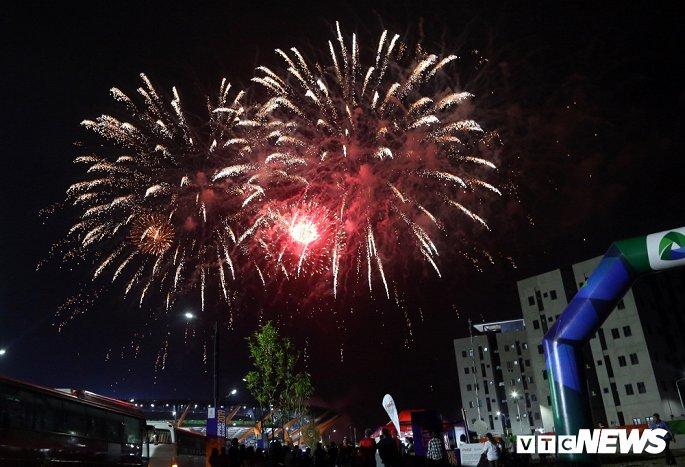 philippines chia tay sea games 30 bang man phao hoa ruc troi