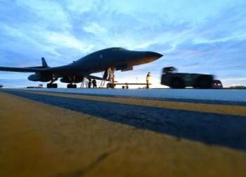 Lo Trung Quốc tấn công Guam, Mỹ lập thêm căn cứ không quân ở Thái Bình Dương