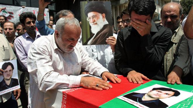 Vì sao các nhà khoa học của Iran trở thành mục tiêu tấn công?