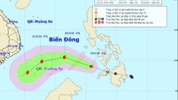Biển Đông có nguy cơ đón bão, rét đậm kéo dài ở miền Bắc