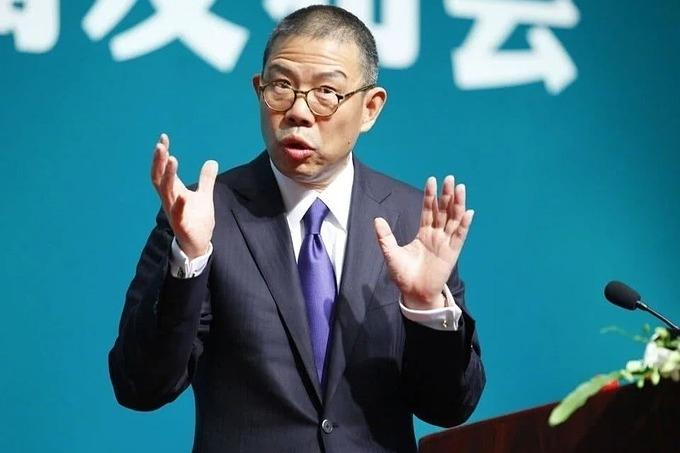 Tỷ phú nước đóng chai Trung Quốc giàu nhất châu Á