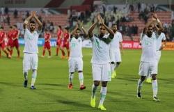 cau thu saudi arabia phai kiem tra doping sau tran thang trieu tien